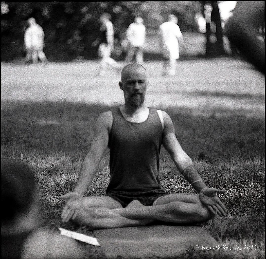 Kezdő Iyengar jóga tanfolyam