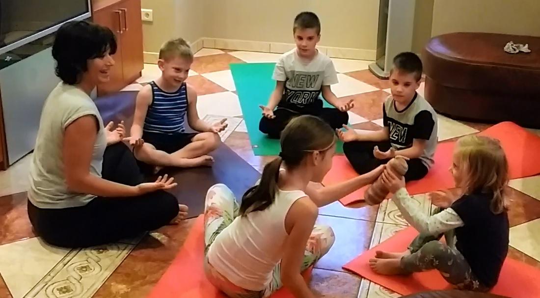ADHD (figyelemzavar és hiperaktivitás) kezelése a jóga és ayurvéda módszertanával – serdülőkorú (12-16 év) gyermekek számára / Ápr. 28 – 29.