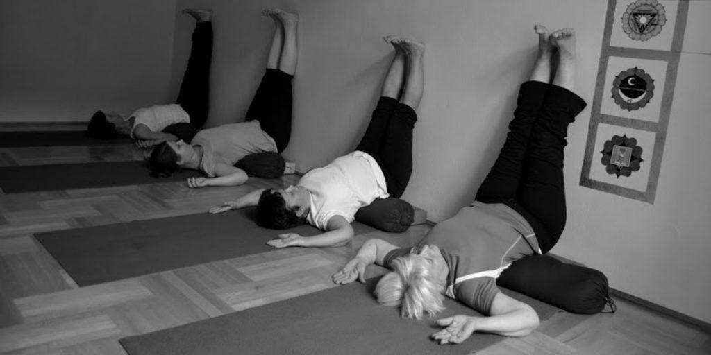 a jóga alapjai és nyugtató hatása