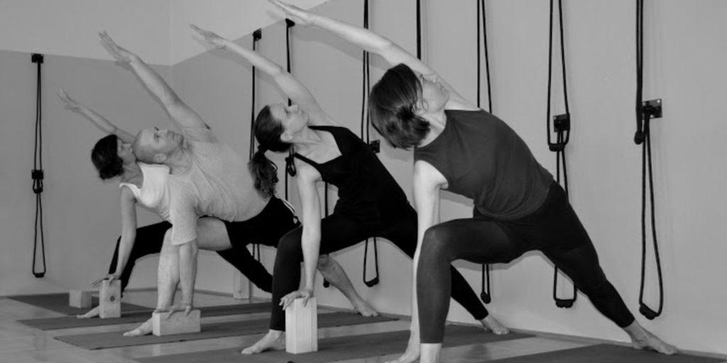 jóga kezdőknek, alapok a stúdióban
